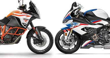 BMW S 1000 RR und KTM 1290 Super Adventure R.