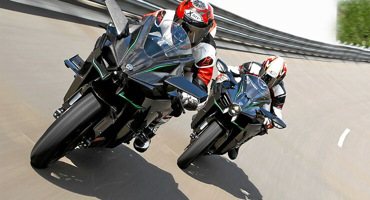 Beschleunigungstest Kawasaki Ninja H2 Und Kawasaki Ninja H2r